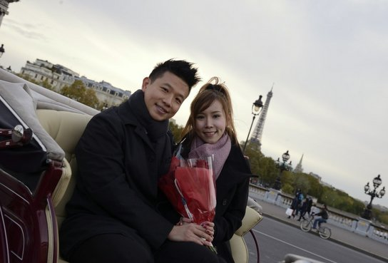 Propose at Pont Alexandre III